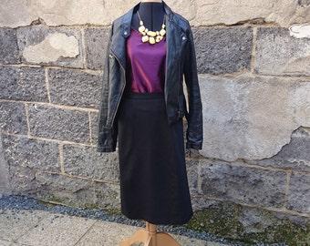 Vintage skirt, black skirt black skirt vintage black midi skirt, midi black skirt, straight skirt, fabric black, fabric, skirt, size 46