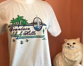 Vintage Tshirt, 90s T-Shirt, Fountain Hills, Arizona, Tourist Shirt, Souvenir Shirt, Palm Trees, M (C605)