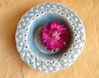 teensy lace bowl