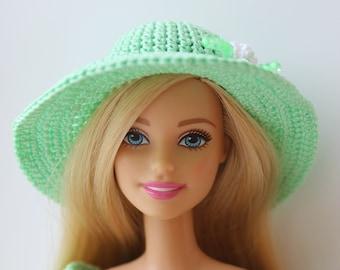 PDF Doll crochet pattern of Barbie type dolls hat 76354e37a4f