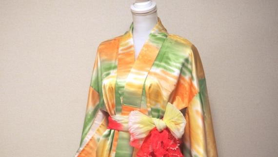 yellow shiny kimono / japan vintage kimono / kimo… - image 5