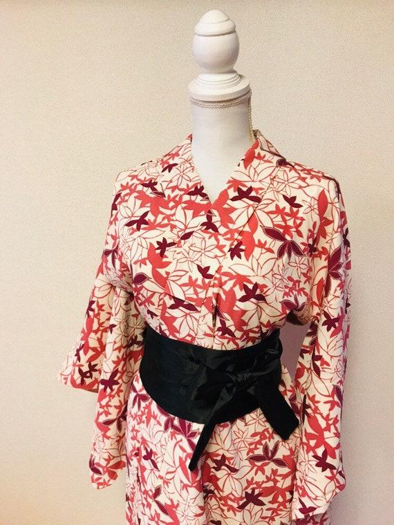 Pink and white,flower kimono,silk kimono, vintage