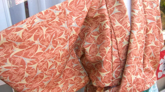 kimono/ Japanese traditional kimono/ vintage kimon