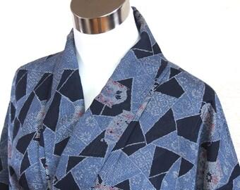 Silk Kimono/Kimono /Japanese kimono/Blue Kimono/ Navy Kimono/Vase / vintage kimono/kimono robe/Kimono dress /night wear