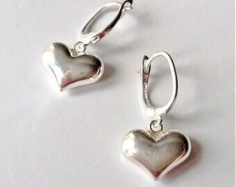 Small Sterling Silver Heart Earrings, Silver Dangle Earrings, Minimalist Style Everyday Earrings, Boho Earrings.
