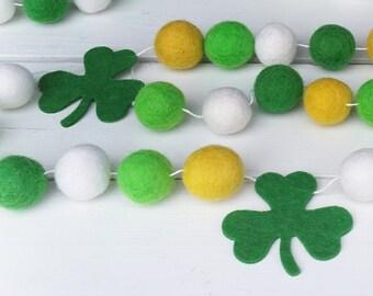 St. Patrick's Day Pom Pom Garland : Green Pom Pom Garland