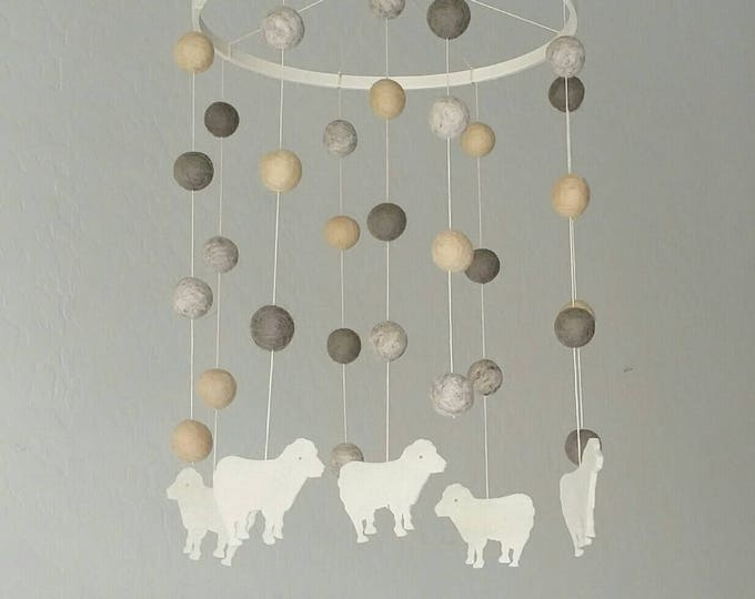Baby Mobile : Dreams of Sheep in gender neutral tones
