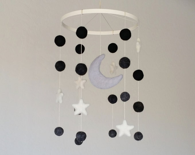 Baby Mobile : Midnight Moon in Classic Black and White