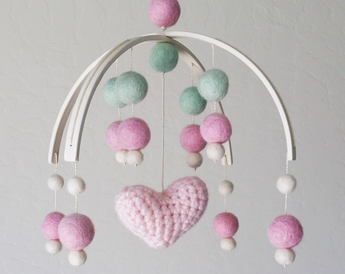 Baby Mobile : Crocheted Heart Baby Mobile