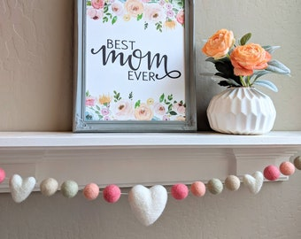Mother's Day Garland : Mother's Day Decor