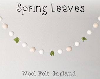 Spring Garland : Farmhouse Felt Ball Garland