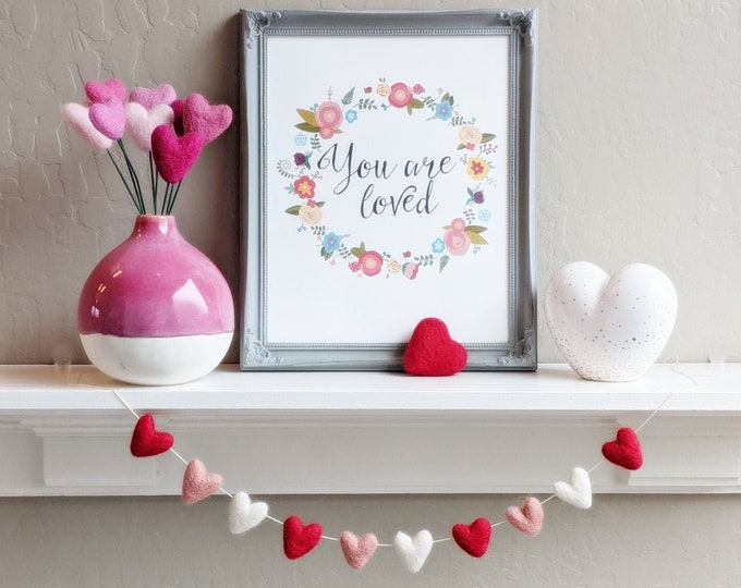 Wool Felt Heart Garland : Valentine's Heart Garland