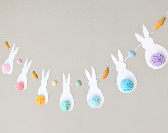 Bunny Tail Easter Garland : Easter Bunny Garland