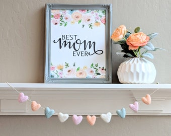 Wool Felt Heart Garland : Mother's Day decor