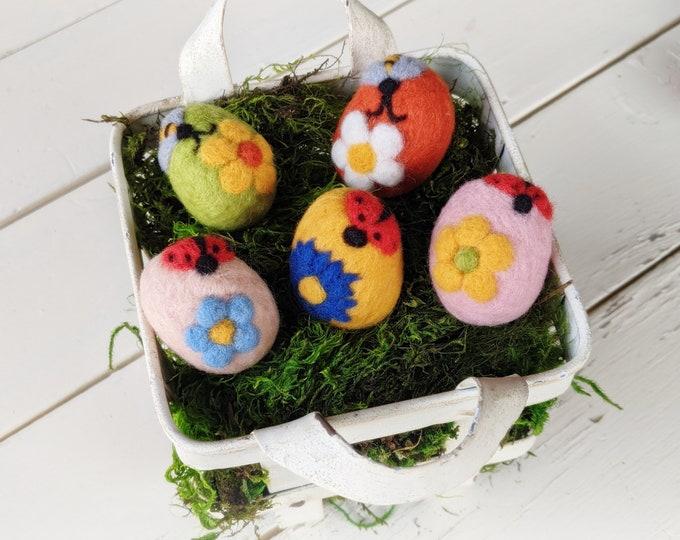 Easter Egg Decor : Hand-Felted Easter Eggs