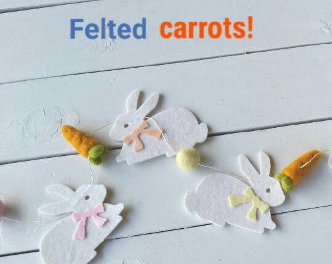 Pom Pom Easter Garland : Easter Bunny Garland