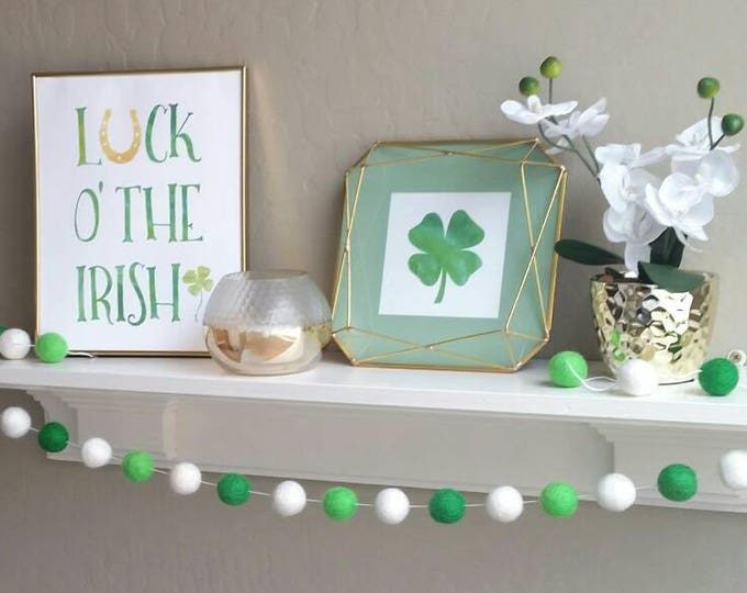 St. Patrick's Day Garland : St. Patrick's Day Clover Garland