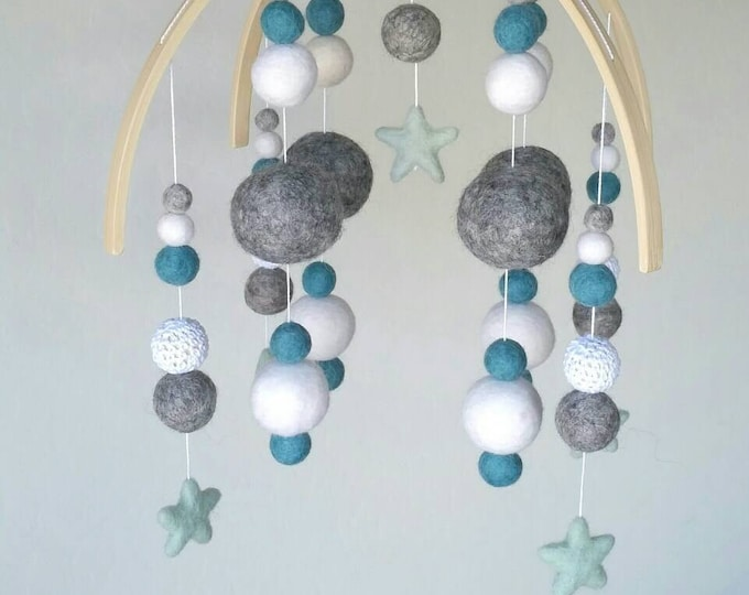 Felt Ball Baby Mobile : Twinkle Little Star Mobile