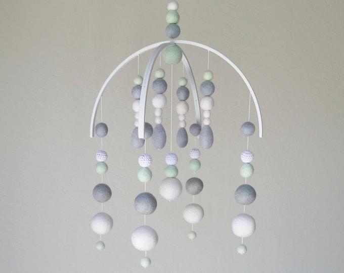 Baby Mobile : Deluxe Geometric Sphere Felt Ball Mobile