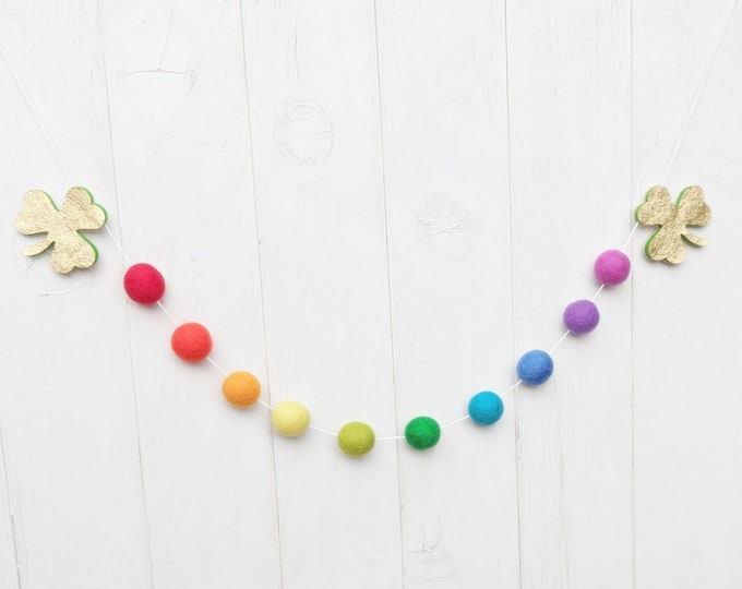 St. Patrick's Garland : Shamrock and Rainbow garland for St. Patrick's Day