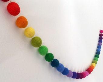 Pom Pom Garland : Rainbow Garland