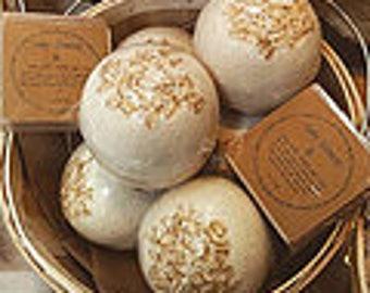 Goat Milk & Honey Bath Bombs