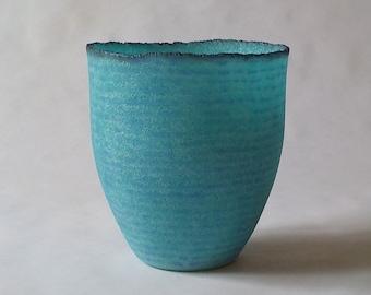 g20-141 Pate de verre (glass) vessel