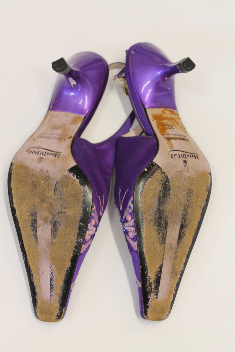 Purple high heels shoes with purple butterfly embroidery Mara Di Fabio  Size 37