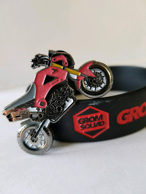 Honda GROM SQUAD Red LE25 stunt bike hat pin  dad11b86873