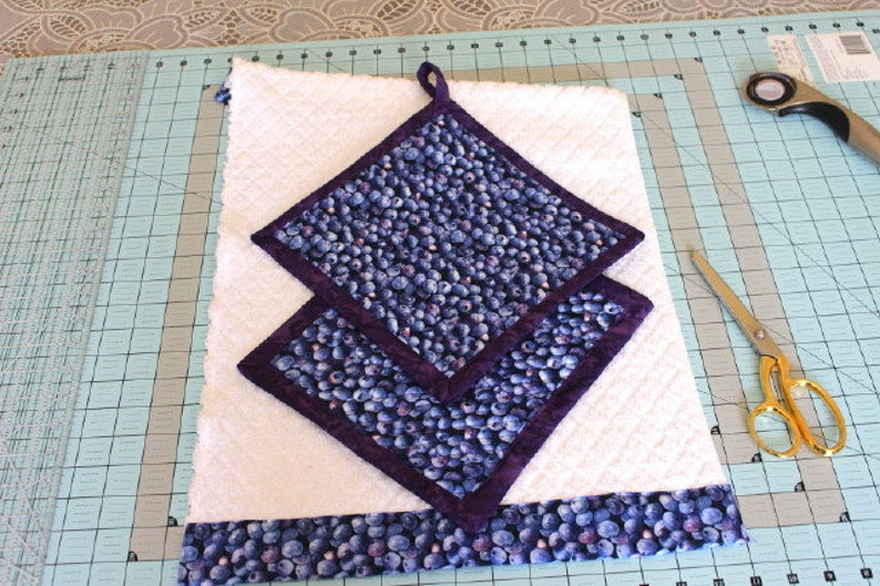 Handcrafted 3 Piece Kitchen Set Terrycloth Drying Dishtowel with Borderprint 2 matching Quilted Potholders Hotpads Trivets Blueberry Fields