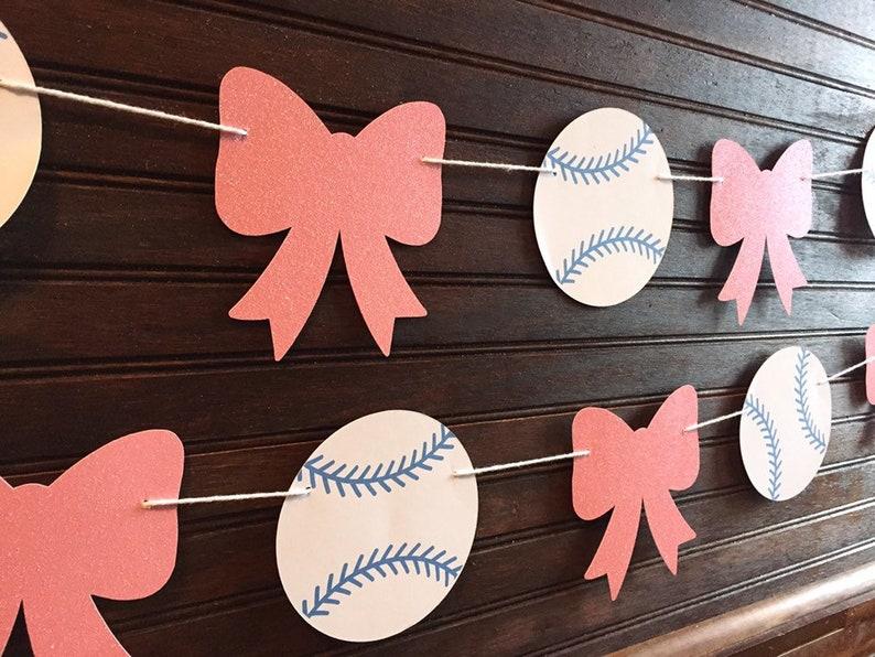 Baseballs or Bows Gender Reveal / Baseballs or Bows Banner / image 0
