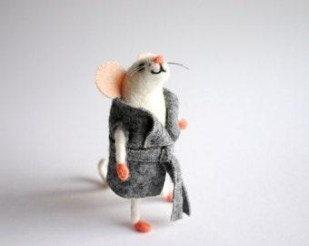Felt mouse, Miniature mouse, Mice figurine, Cute mouse figurine, Felt birthday mouse, Whimsical moouse, Felt collectable mouse