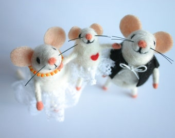 Family portrait dolls, Felt mice family, Personalized family portrait, Custom family figurines, Needle felted mouses, Holiday figurine