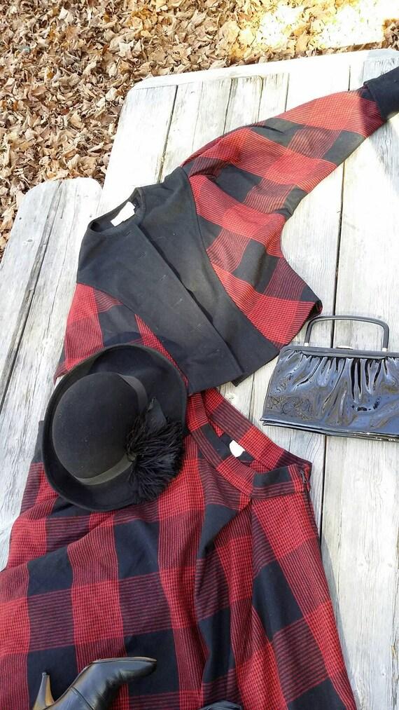 Red Black Plaid Suit - image 8