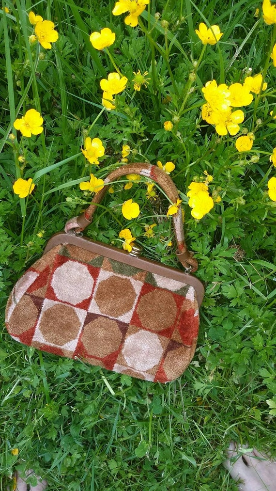 Mod Geometric Print Handbag