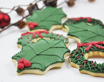 Holly Leaves and Wreath Christmas cookies  - Holly leaf - perfect holiday gift - traditional Christmas decorated sugar cookies