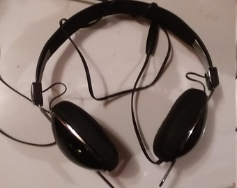 Brand new Skullcandy Aviator Headphones in perfect condition