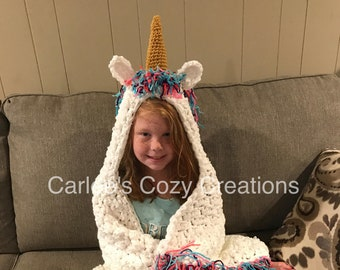 Unicorn blanket, hooded unicorn blanket, crochet unicorn blanket, unicorn, unicorn gifts, kids gifts, unicorn lovers, unicorn, unique gifts
