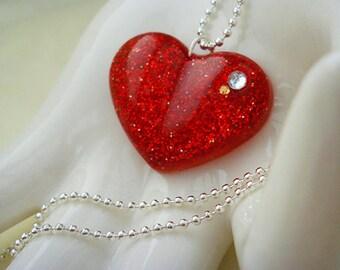 Red resin necklace, Valentine's Day jewellery, Valentines necklace, womens jewellery, resin heart necklace, handmade jewellery