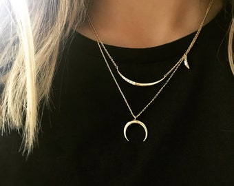 Crescent Moon Necklace | collarbone necklace, mini horn Pendant Minimalist Jewelry, dainty gold necklace, tusk necklace, half moon necklace