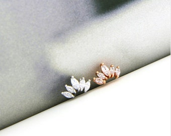 18g CZ Crown cartilage stud, simple tragus earring, flat back conch earring, 16g dainty studs, rose gold earring, crystal cartilage piercing