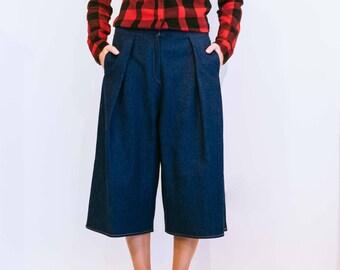 Jean culotte, vintage culotte, wide leg trousers, women jean, women trousers, blue jeans, vintage pants, denim pants.