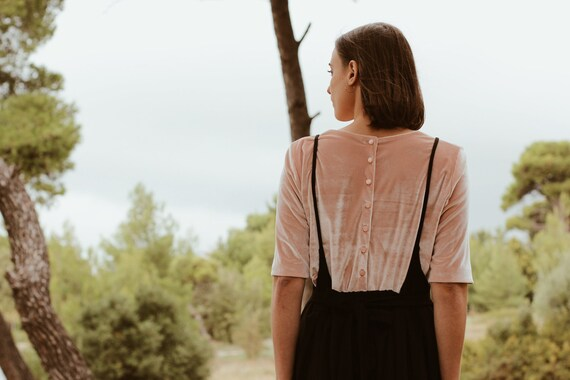 OPHELIA velvet top with buttons on the back powder pink color