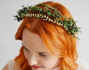 20s Myrtle Headpiece with two corsages made of green paper