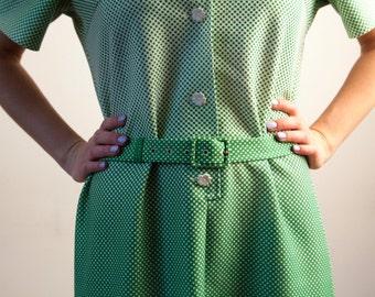 Moyen grand vert des années 70 robe ceinturée robe Polka Dot robe robe à fleurs taille L chemise robe robe d'été vert Secrétaire robe taille M L