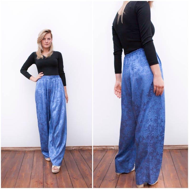 92331cf4f0da8 80s Baggy Pants High Waisted Wide Leg Pants Blue Floral Mom
