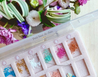 Travel beading case with mat/ nomade beading tray/ sorting beads /beads organizer/bead colours sorting