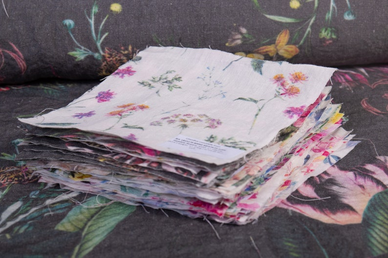 Swatches Samples Digital printed linen fabrics sizes 24 cm x image 0
