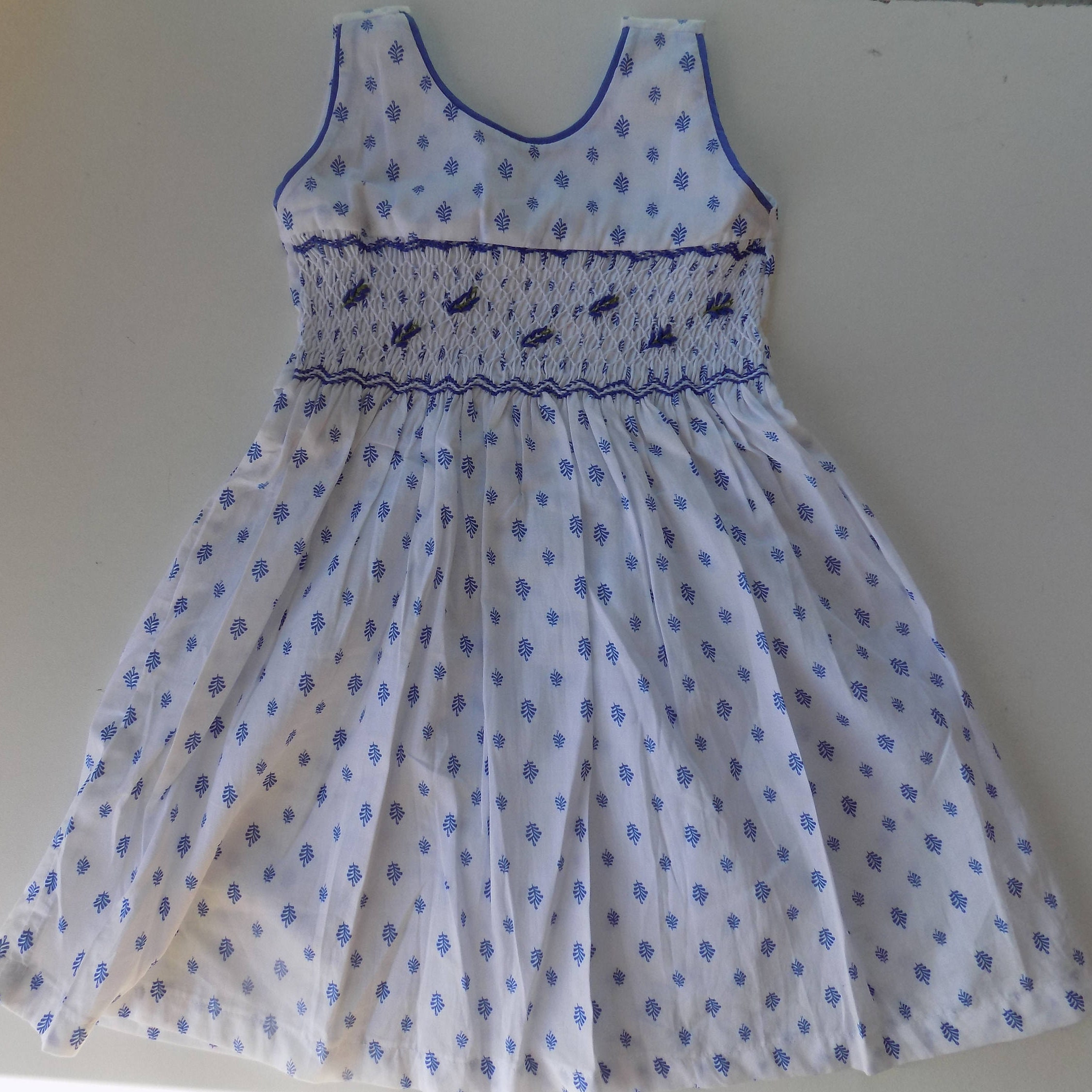 b7697d381c9 White dress