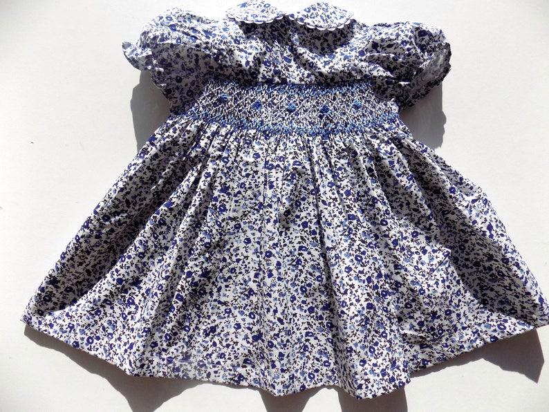 9ad46ec9b7e25 Robe smock bébé fillerobe liberty bleublancrobe